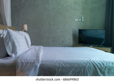 king bed loft wall