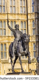 King Richard 1 Lionhearted Statue Houses of Parliament Westminster London England. King Richard Coeur De Lion was King from 1189 to 1199.  Statue by Marochetti placed in front of Parliament in 1860.