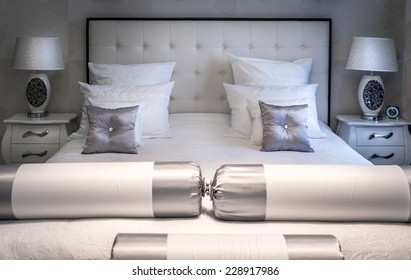 King sized bed in a luxury room
