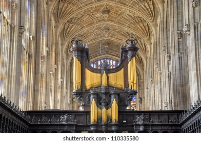 King's College Chapel, Cambridge. Church organ and vaulted ceiling