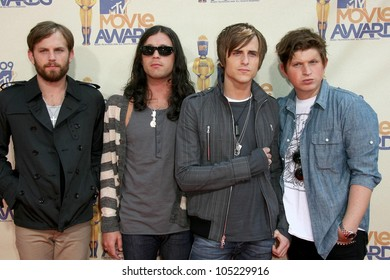 Kings of Leon at the 2009 MTV Movie Awards Arrivals. Gibson Amphitheatre, Universal City, CA. 05-31-09