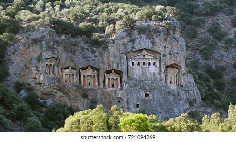 king's rock tombs in Turkey.