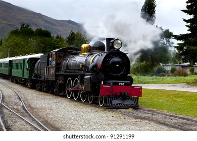 the kingston flyer a steam train that runs from kingston to garston in new zealand