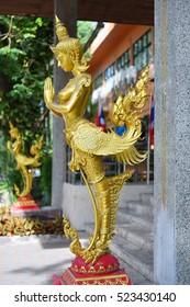 Kinnari statue