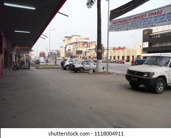 KINSHASA,  DEMOCRATIC REPUBLIC OF THE CONGO,  AFRICA - CIRCA AUGUST 2010  :  Scenery of street in KINSHASA.