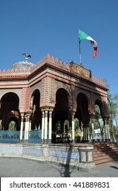 Kiosco Morisco de Santa Maria la Ribera, Mexico City