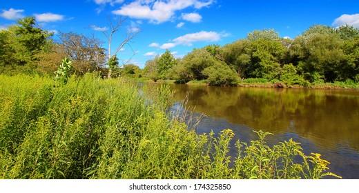 Kishwaukee River flows through Illinois on a beautiful day