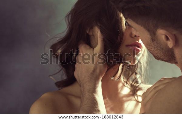 Baciare coppia ritratto