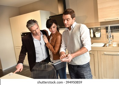 Vendeur Cuisine Stock Photos Images Photography Shutterstock