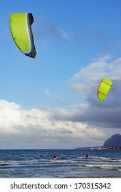 Kite Surf in Majorca (Balearic Islands - Spain)
