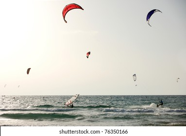 kite surfing scene