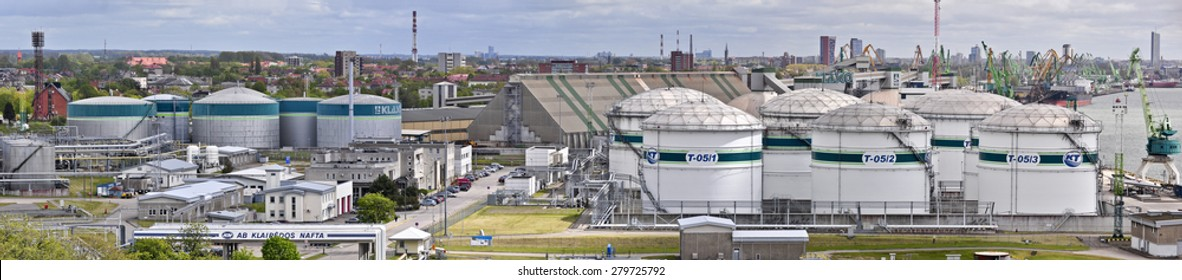 KLAIPEDA,LITHUANIA-MAY 18:panoramic view of the oil station in port on May 18,2015 in Klaipeda, Lithuania.