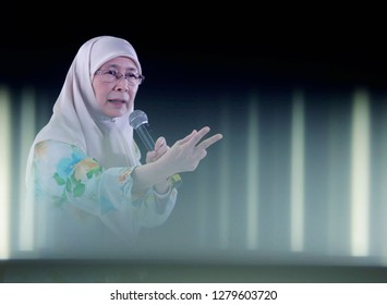 Klang, Malaysia - August 03, 2018. Deputy Prime Minister, Datuk Seri Dr Wan Azizah Wan Ismail give a speech during campaign Selangor State Election N49 Sungai Kandis in Klang