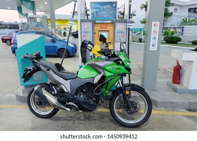 Suzuki Gixxer SF 250 MotoGP Images [HD]: Photo Gallery of Suzuki Gixxer SF  250 MotoGP - DriveSpark