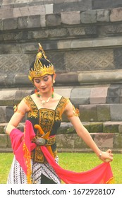 Klaten Indonesia. January 27th 2019. Javanese girl wearing traditional costume. Unique and beautiful .