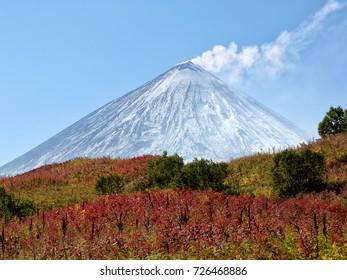 Klyuchevsky Vulcan's top (4800 m), Kamchatka Peninsula. RussiaThe volcano of Klyuchevskaya Hill (4800 m) is the highest active volcano of Eurasia.
