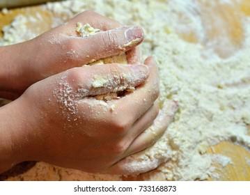 Kneading dough for cake