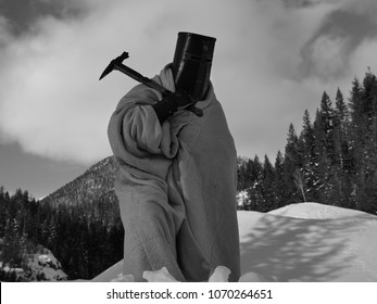 knight in the winter with warhammer