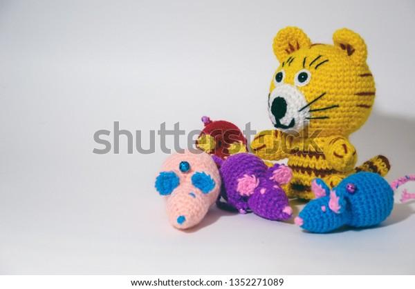 Crochet and knitting pattern costume (pdf)   Handmade stuffed toys ...   419x600