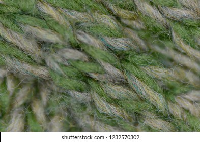 knitted and purled cable pattern