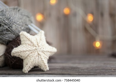 Knitted star for Christmas tree