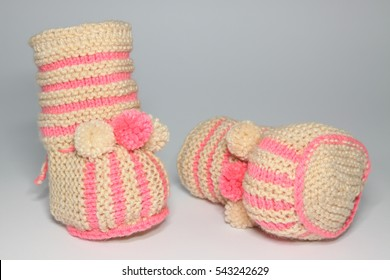 knitted woolen booties for young children