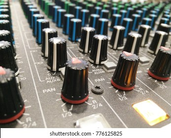 knobs on a mixer