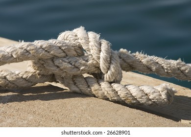 knot in marine