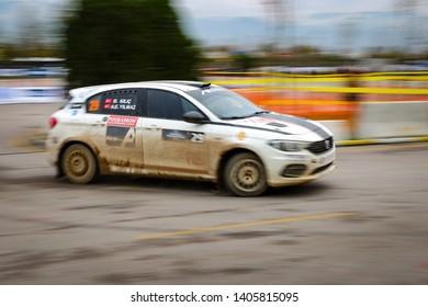 KOCAELI, TURKEY - NOVEMBER 17, 2018: Bugra Can Kilic drives Fiat Egea 1.4 T-Jet of Fiat Motorsporlari Team in Kocaeli Rally