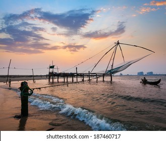 Kochi chinese fishnets on sunset. Fort Kochin, Kochi, Kerala, India