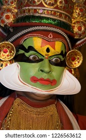 Kochi. India. 11.03.06. Kathakali Dancer in Cochin (Kochi) in Kerala, India.  Kathakali is a stylized classical Indian dance-drama noted for the make-up of characters, the costumes and gestures.