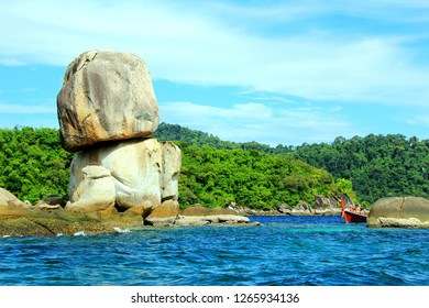 Koh Hin Son, A nice sculpture from nature, There are 2 rectangular rocks overlapped on each other naturally created. Koh Hin Son located 15 kilometer from Koh Lipe at Satun Province, Thailand.