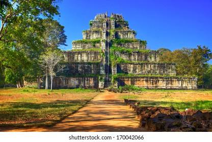 Koh Ker/Cambodia - Shutterstock ID 170042066