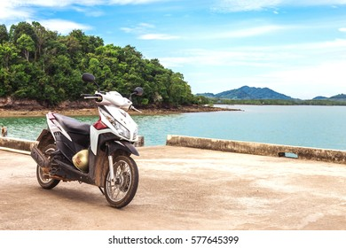 Thailand Motorbike Images, Stock Photos & Vectors | Shutterstock