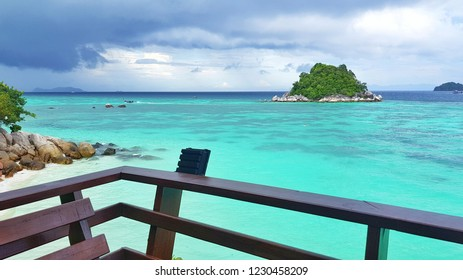 Koh Lipe, the wonders of the Andaman Sea, Thailand, lead the clear blue sea. See under coral under the sea.