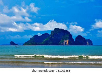 Koh Poda seen from the Ao Nang beach