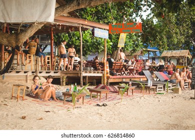 Koh Tao, Thailand, February 19, 2017: one of the seaside bars on the Sairee beach, the busiest beach in Koh Tao