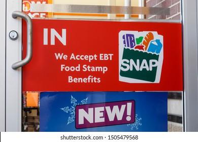 Kokomo - Circa September 2019: SNAP and EBT Accepted here sign VII