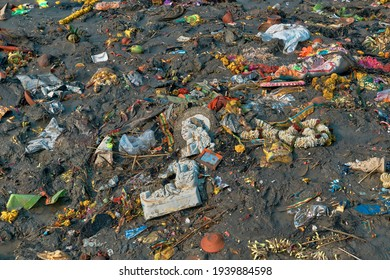 Kolkata, 02-02-2020: Heavily polluted embankment of Ganges at Judges Ghat, after Saraswati puja, a religious Hindu festival of worshipping Goddess Saraswati.