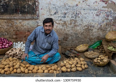 Kolkata ( Calcutta ),India-January 21, 2019: Street markets of Calcutta.There is a lot of street market in the old town .Some of them are retail.There is some wholesale vegetable market as well.