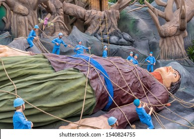 Kolkata, India. A creation Inspired by Gulliver's Travels, picture of Gulliver held prisoner and tied hand, foot and hair by the people from Lilliput during his voyage there. October 2019