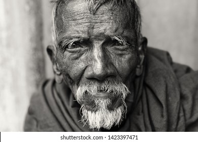 KOLKATA, INDIA - DECEMBER 8, 2017: Unidentified Hindu pilgrim in the streets of Kolkata, India.