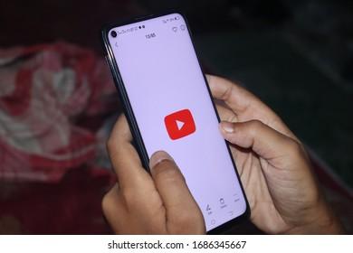 Kolkata, India - March 29, 2020: Latest Android mobile showing YouTube logo.