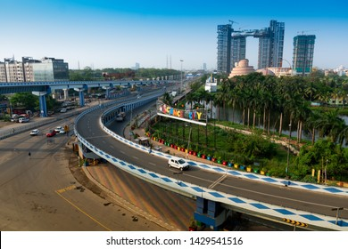 Kolkata, West Bengal, India - January 1st 2016 : Parama Island flyover, popularly known as Ma or Maa flyover is a 4.5 kilometer long flyover in Kolkata.. From Alipore to E.M. Bypass of Kolkata.