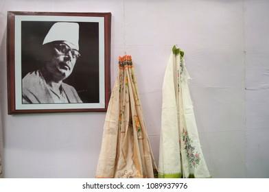 "KOLKATA-SEPTEMBER 26:Image of kazi nazrul islam-famous Bengali poet during  the ""Tant"" saree Fair-A traditional Bengali saree  made in West Bengal and Bangladesh on September 26 2014 in Kolkata,India."