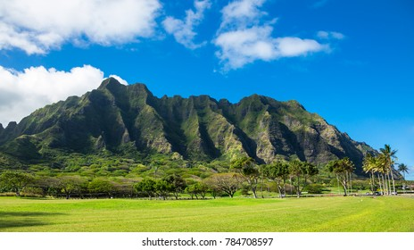 Koolau mountain range in Hawaii