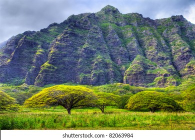 Koolau Mountains on the windward side of Oahu