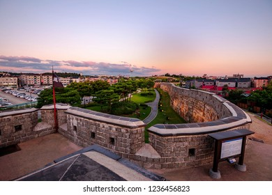 Korea Suwon Hwaseong Fortress,evening summe Have a balloon to see the city ,summer beautiful South Korean