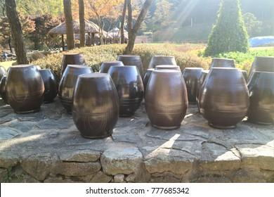 Korea traditional food ingredient pot, Jangdokdae.