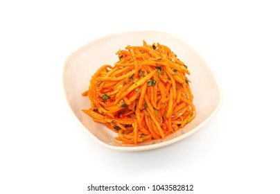 Korean food, fried carrots in oil.
